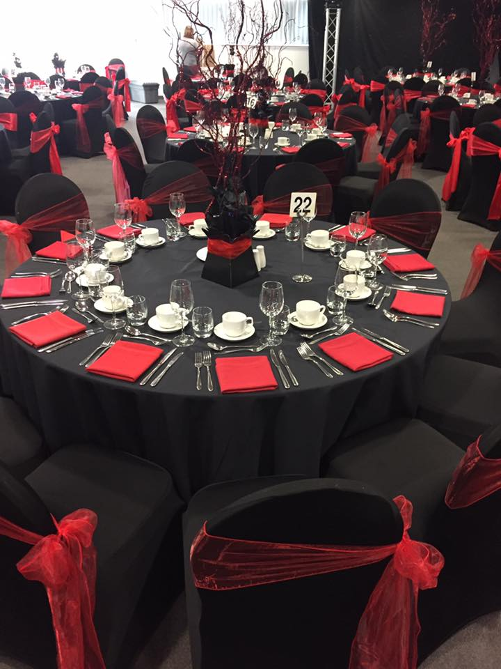 Weddings-Events Venue Dressing Table Decorations Centrepieces ...